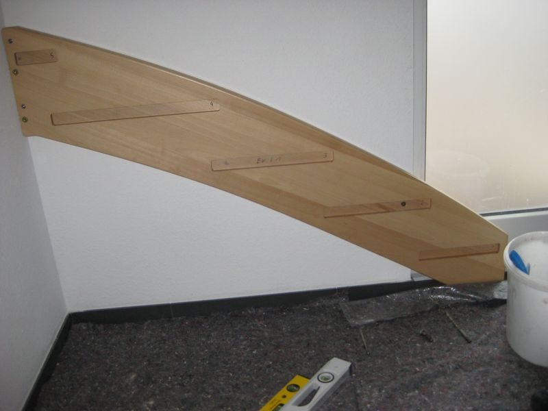 einbau der holztreppe wir bauen dann mal ein haus. Black Bedroom Furniture Sets. Home Design Ideas