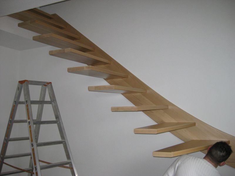 Beliebt Einbau der Holztreppe › Wir bauen dann mal ein Haus EQ07