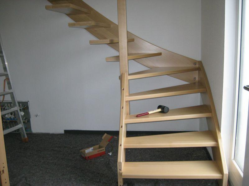 Häufig Einbau der Holztreppe › Wir bauen dann mal ein Haus JE25