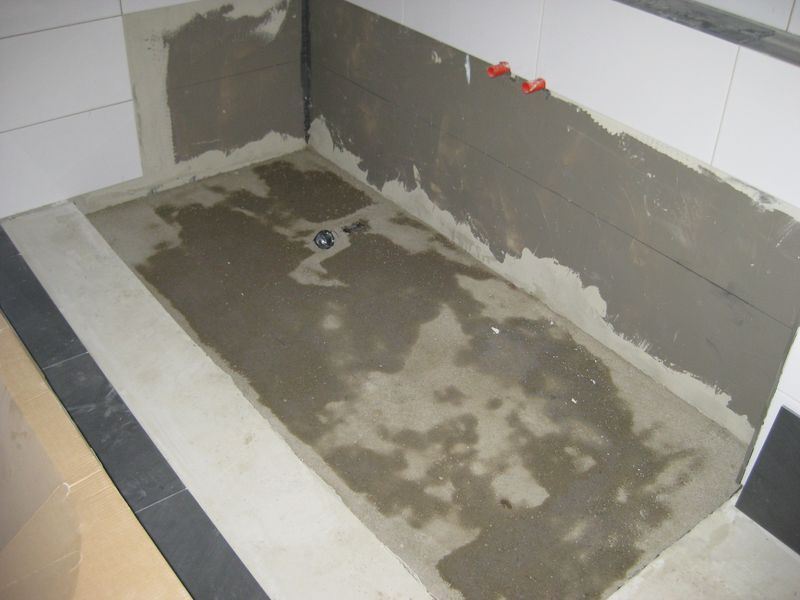 estrich f r dusche und badewanne wir bauen dann mal ein haus. Black Bedroom Furniture Sets. Home Design Ideas