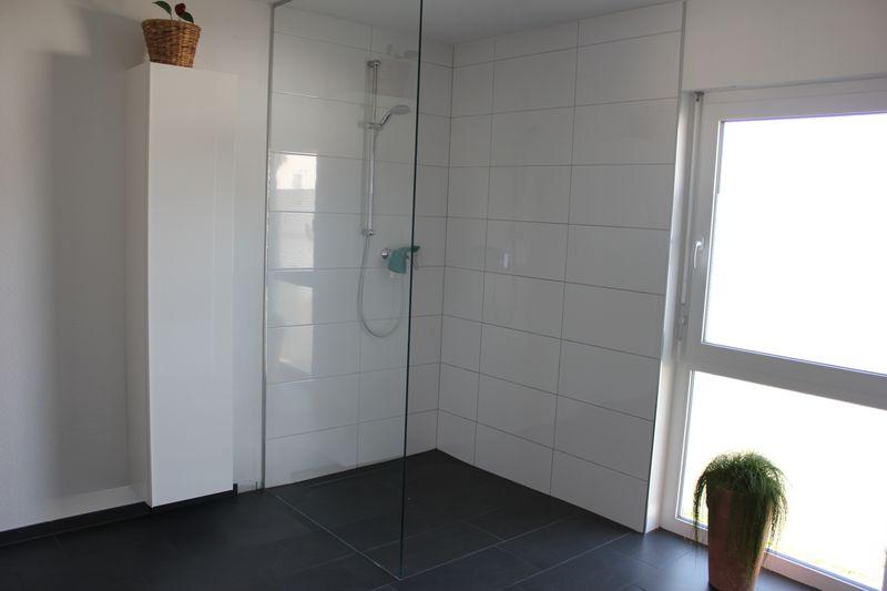 Wandfarben 2017 bei dunklem boden raum haus mit for Tine wittler badezimmer