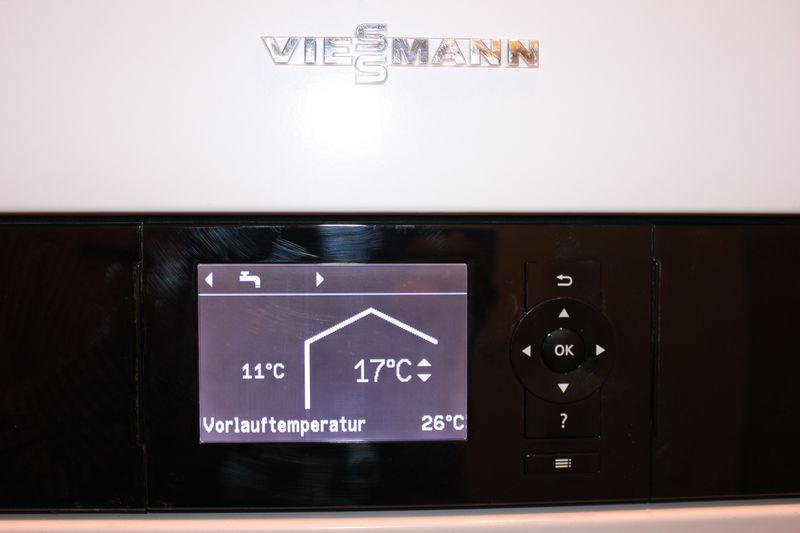 es wird w rmer heizprogramm auf nur warmwasser umgestellt wir bauen dann mal ein haus. Black Bedroom Furniture Sets. Home Design Ideas