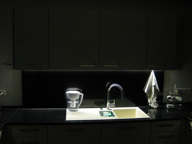 Küche – LED Unterschrankbeleuchtung selbst gemacht › Wir bauen dann ...