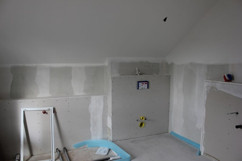 malerarbeiten sind abgeschlossen wir bauen dann mal ein haus. Black Bedroom Furniture Sets. Home Design Ideas