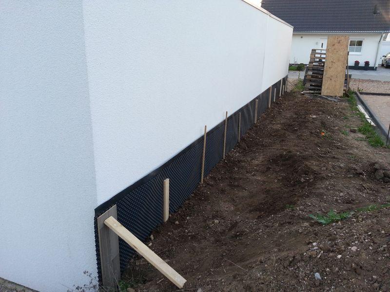 noppenbahn f r die garage wir bauen dann mal ein haus. Black Bedroom Furniture Sets. Home Design Ideas