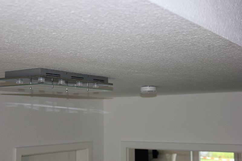 ei650 rauchmelder von ei electronics an der decke montiert. Black Bedroom Furniture Sets. Home Design Ideas