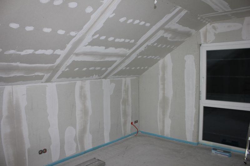 beginn der spachtelarbeiten wir bauen dann mal ein haus. Black Bedroom Furniture Sets. Home Design Ideas
