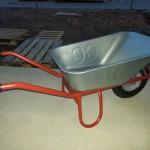 Schubkarre für den Materialtransport auf der Baustelle