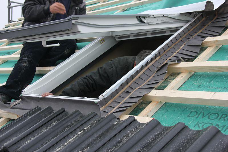 Sehr Velux Solarrollladen als Sonnenschutz und Wärmedämmung › Wir bauen IP56