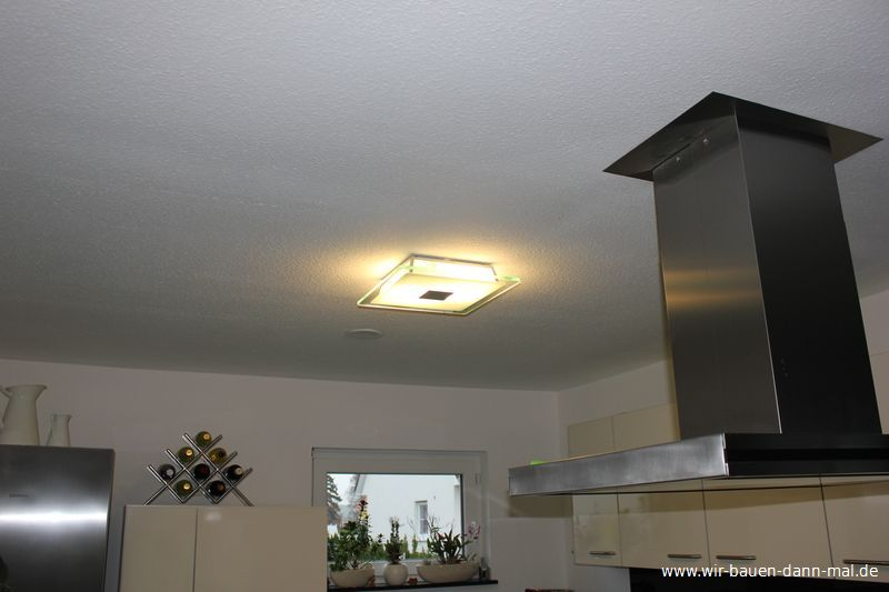 LED Deckenleuchte für die Küche - Dezent und blendfrei › Wir bauen ...